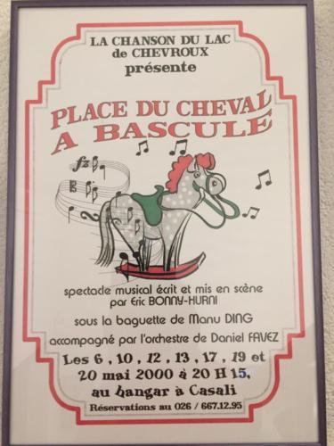 2000-Place-du-cheval-a-bascule-020